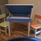 Детский стол с пеналом и стульчик, новые.