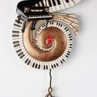 Настенные кварцевые часы с маятником. Дизайнерская ручная работа