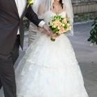 Продам свадебное платье маленького размера