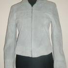 100% замшевая  светлая курточка 36 европейский.