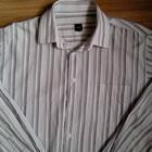 Фирменная классическая мужская рубашка.