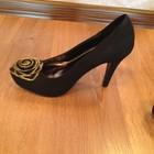 Стильные замшевые туфельки на каблуке