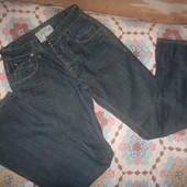 Next джинсы фирменные 28R с эффектом потертости