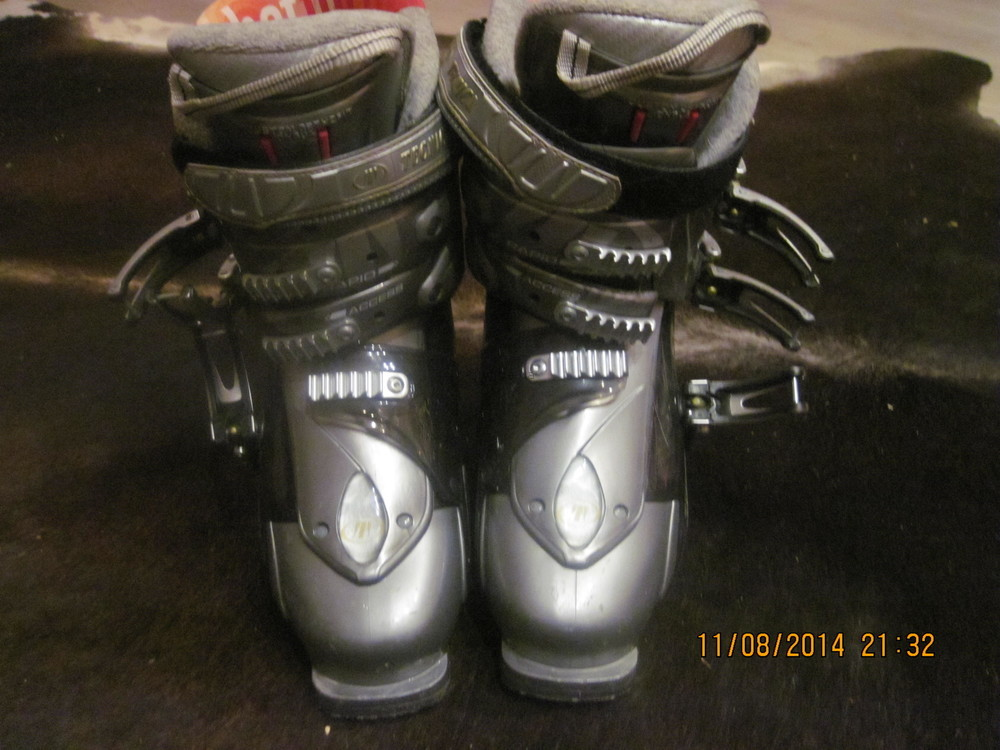 Горнолыжные ботинки фото №1