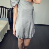 Стильное атласное платье на одно плечо Dunnes