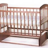 Детская кроватка Наталка с маятниковым механизмом, светлый лак
