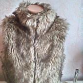 теплый меховой жилет H&M для девочки 13-15 лет  H&M
