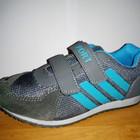 Легкие спортивные кроссовки 22см