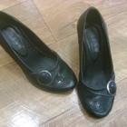 Кожаные туфли на танкетке, 37 размер