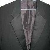 Пиджак-смокинг,р.52-54,чёрный.