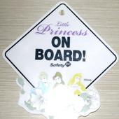 Знак на присоске для автомобиля от Disney