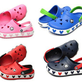 Детские модели Crocs crocband mickey II kids