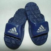 Шлёпанцы Adidas(оригинал)31р-р,по стельке 19 см.Большой выбор!