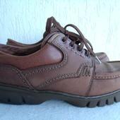 Кожаные ботинки 39р.