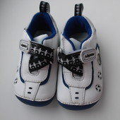 Кроссовки кожаные для мальчика Clarks размер 3, по стельке 11.5 см