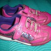 Фирменные Clarks кожаные кроссовки для девочки на наш 27,5 размер