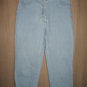 бриджи капри  стрейчевые джинсовые разм 10А пояс70-76см