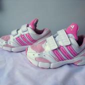 кроссовки  Adidas  Італія