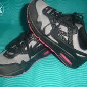 Фирменные NIKE (оригинал) 30 p стильные кроссовки