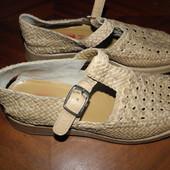 очень  удобные  кожаные  босоножки  ф.  Romani  -Италия   размер 37-24  см