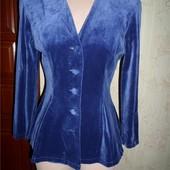 Красивенный бархатный пиджак