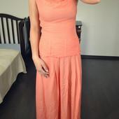 Потрясающее персиковое платье в пол из вискозы