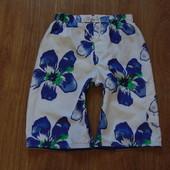 Яркие пляжные шорты George, размер 9-10 лет, состояние отличное. Внутри сетка.