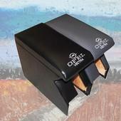 Продам підлокітник на Опель Вектру. чорного кольору Можлива відправка новою поштою. Вид товару: Запч