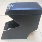 Подлокотник для Ваз 2111. Предназначен для комфортного управления транспортным средством. Цвет: Сини