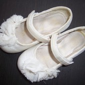 Продам балетки(next) для принцессы.