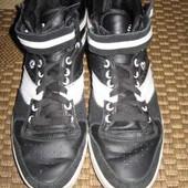 Кросівки (черевики, кроссовки) Supreme 39 р. стелька 25,5 см. шкіра