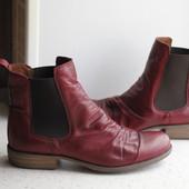 Симпатичные кожаные деми ботиночки.Раз 40