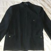 Пиджак черный стоечка р.46  можно в школу
