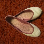 Продам балетки Adidas белые оригинал