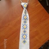 Вышиваный галстук патриотический стиль