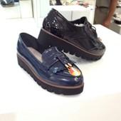 Женские туфли-лоферы