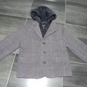Пиджак для модника Childrens Plase в состоянии нового.