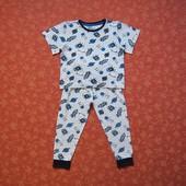 Хлопковая пижама на 3-4 года, б/у. Хорошее состояние, без пятен. Штаны - длина 57 см, шаговый 39 см,