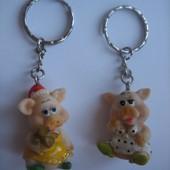 Распродажа - брелки для ключей свинка