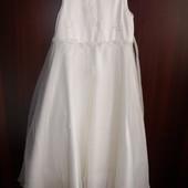 Фирменное нарядное платье на выпускной р.128 большемерит