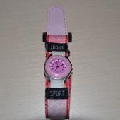 часы детские на липучке розовые