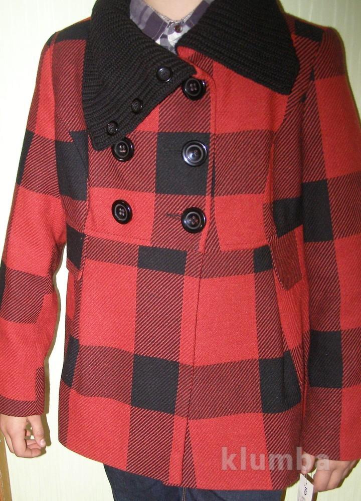 Полный каталог зимних моделей женских пальто от известного модного дома