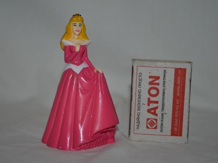 Разные фирменные фигурки принцессы дисней disney для домиков золушка и аврора фото №1