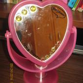 зеркало для девочки в форме сердечка