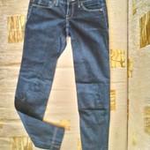Модные джинсы  Mango для девочки подростка или худенькой мамы ( XS, наш 40 -42)