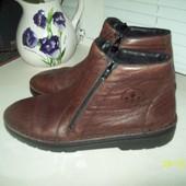 Кожаные ботинки размер 39