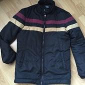 VDone теплая курточка в отличном состоянии
