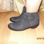 стильные кожаные ботиночки 41р Friis Company