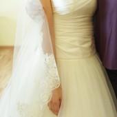 Очень красивое свадебно платье  не венчание, купленное в Киеве за 20000 грн