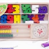 Деревянная игрушка Woody Набор первоклассника, счеты, часы, цифры (0-9), математические знаки, лоток